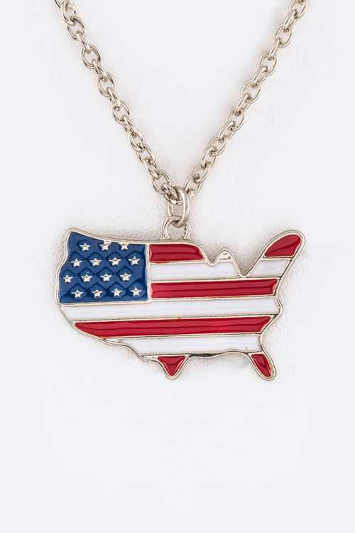 US Map Pendant Necklace Set