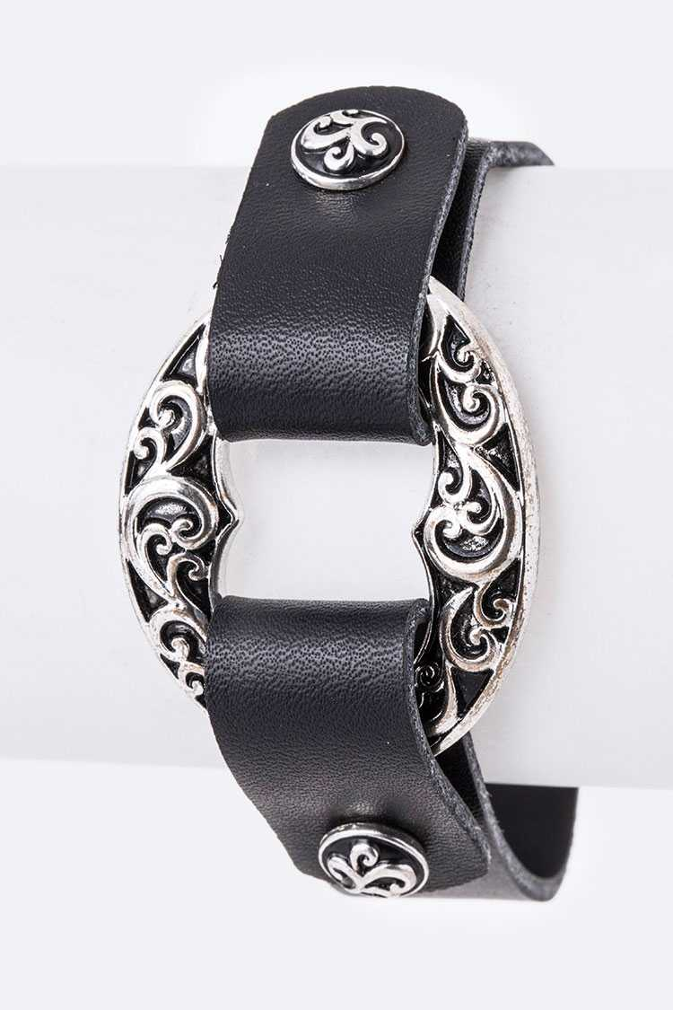 Texture Embossed Ring Leather Bracelet