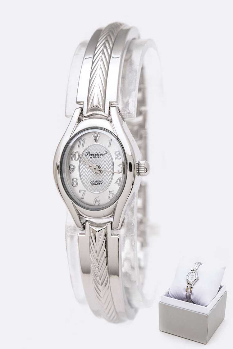 Classic Oval Dial Bracelet Watch Gift Set