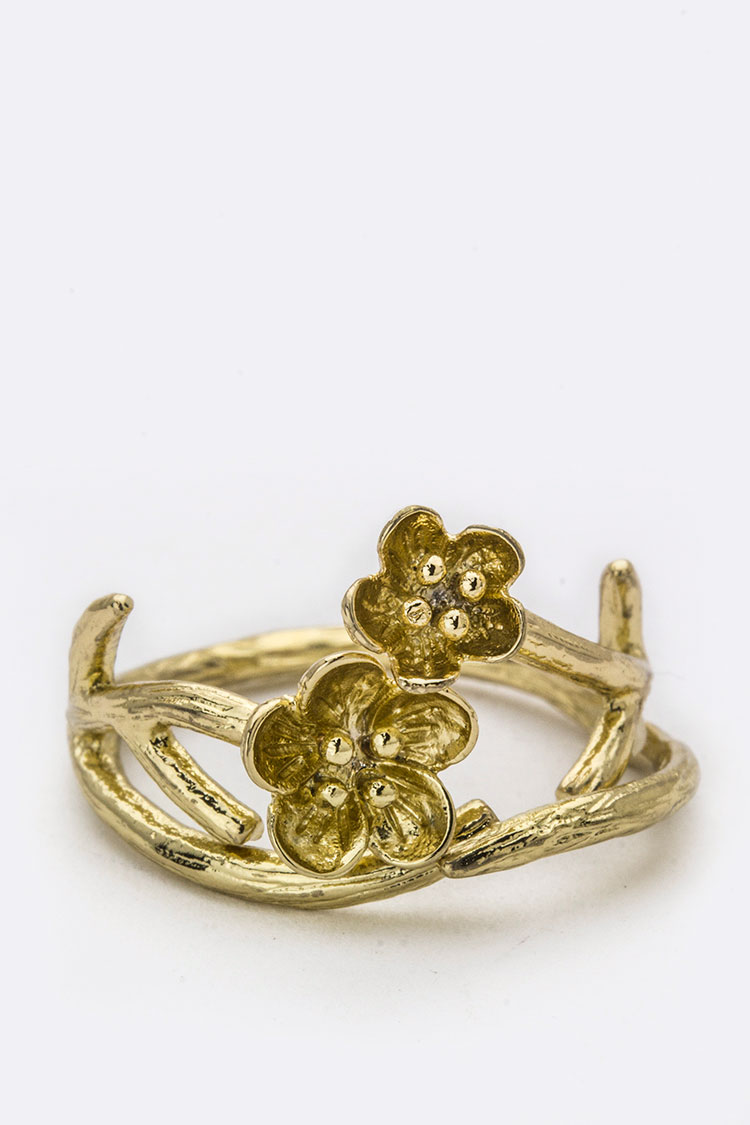 Metal Flower & Branch Ring