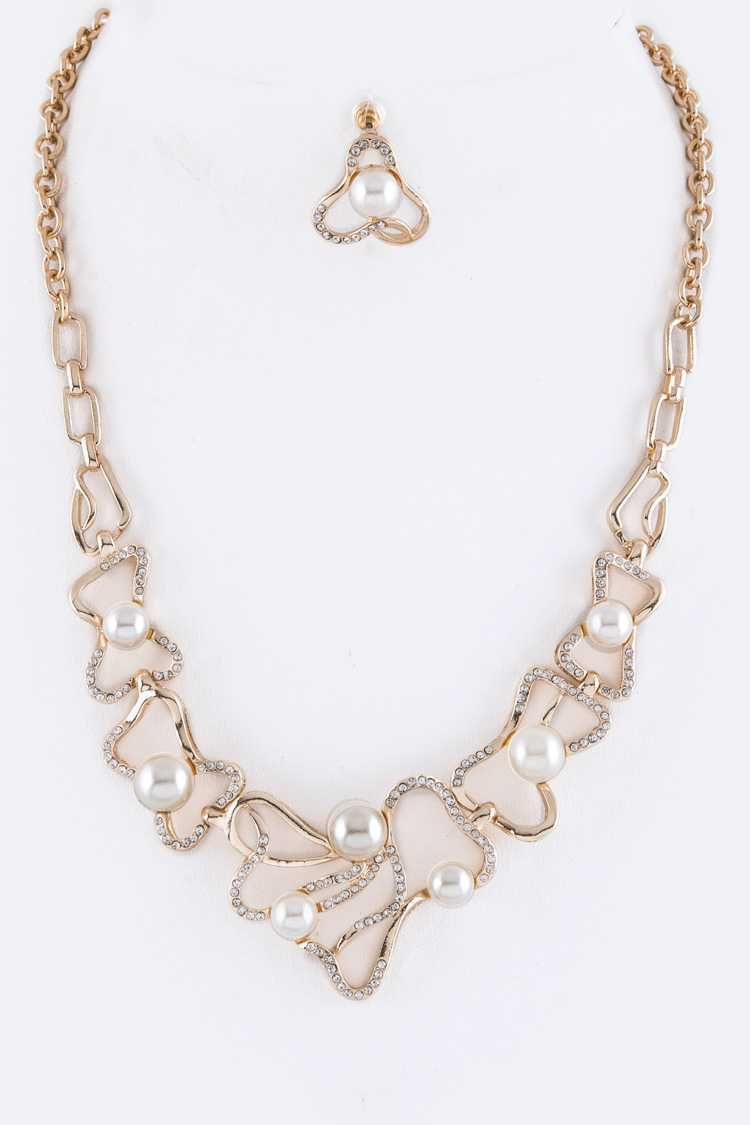 Layered Pearls Station Necklace Set