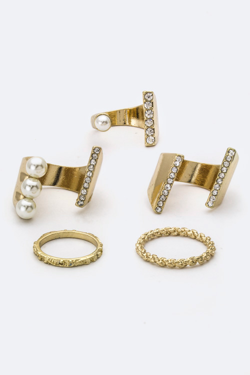 Crystal & Pearl Rings Set
