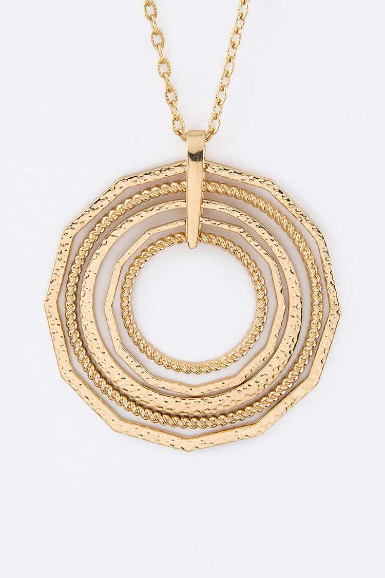 Layered Hoops Pendant Necklace Set