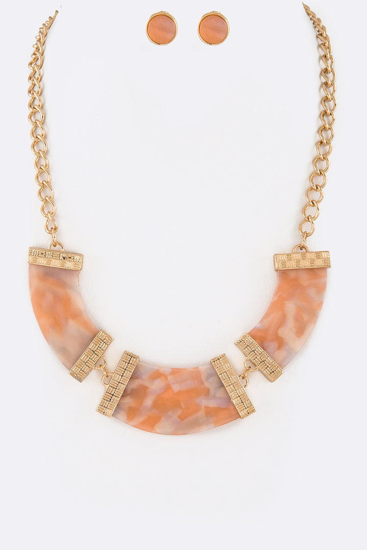 Celluloid Pendant Collar Necklace Set