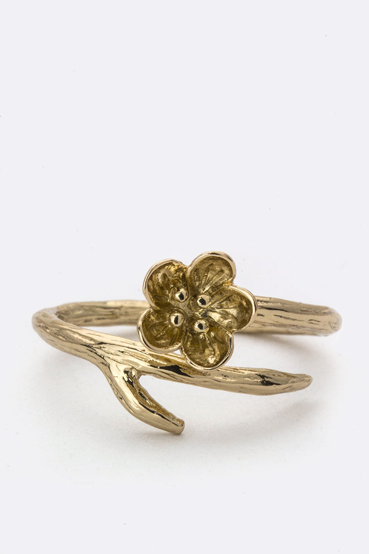Metal Plum Blossome Ring