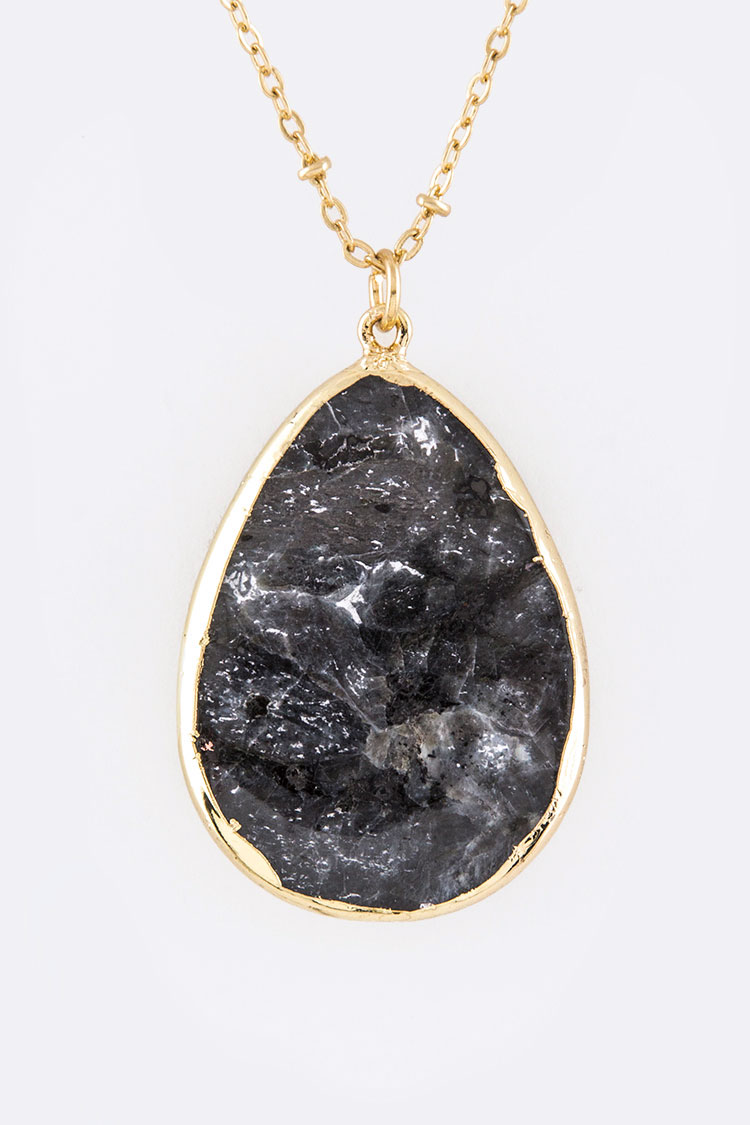 Stone Teardrop Pendant Necklace