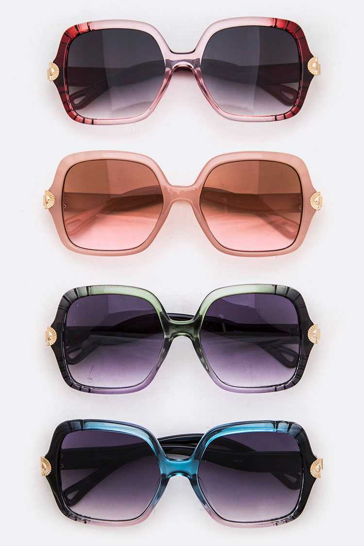 Iconic Oversize Square Sunglasses set