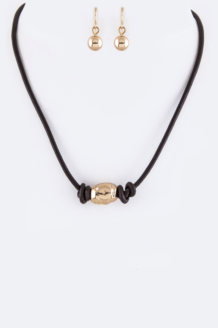 Leather Cords & Nugget Collar Necklace Set