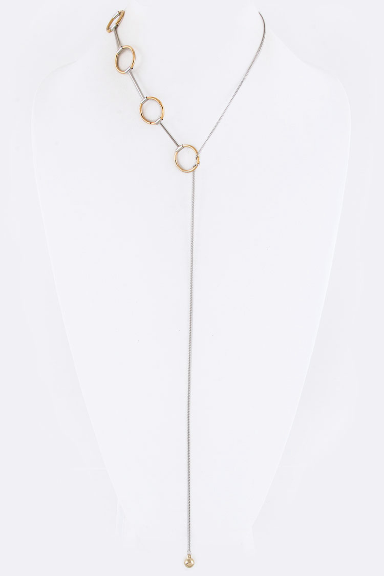 Metal Hoops Toggle Necklace