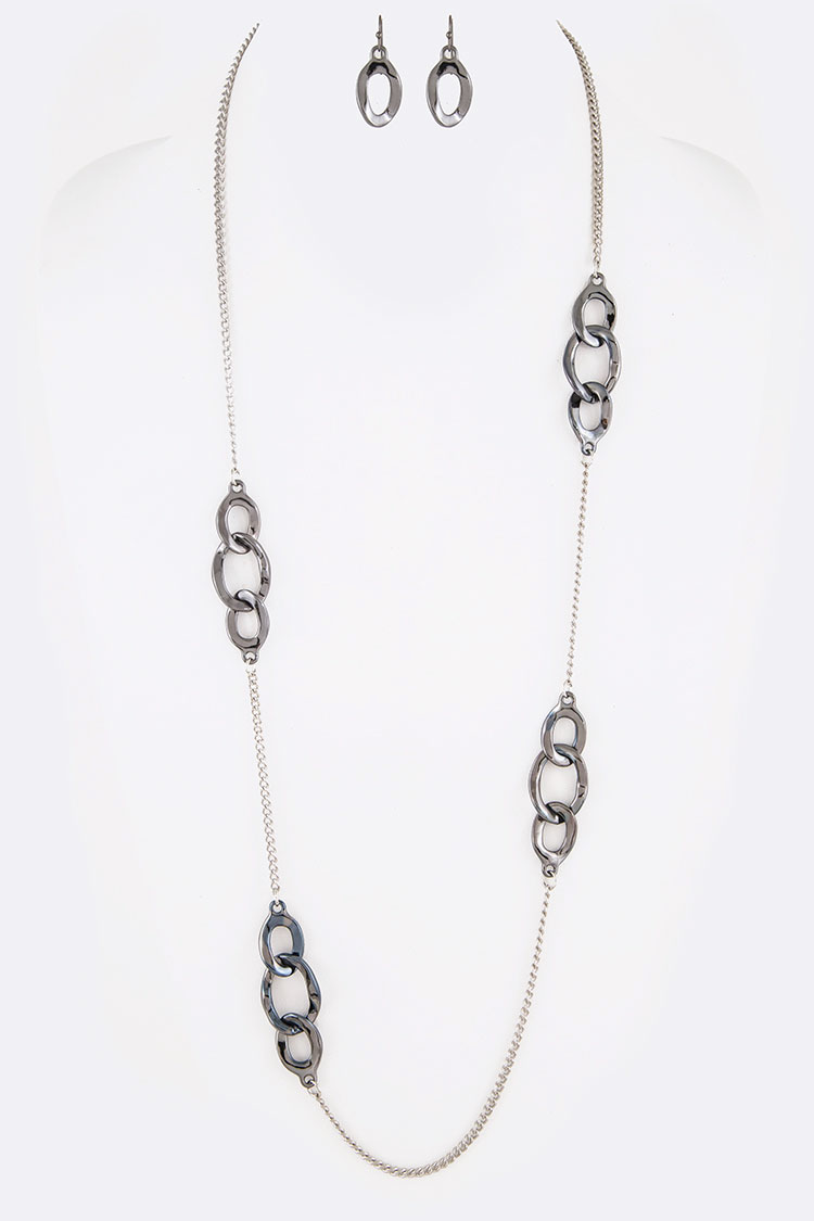 Iconic Chain Link Station Long Necklace Set