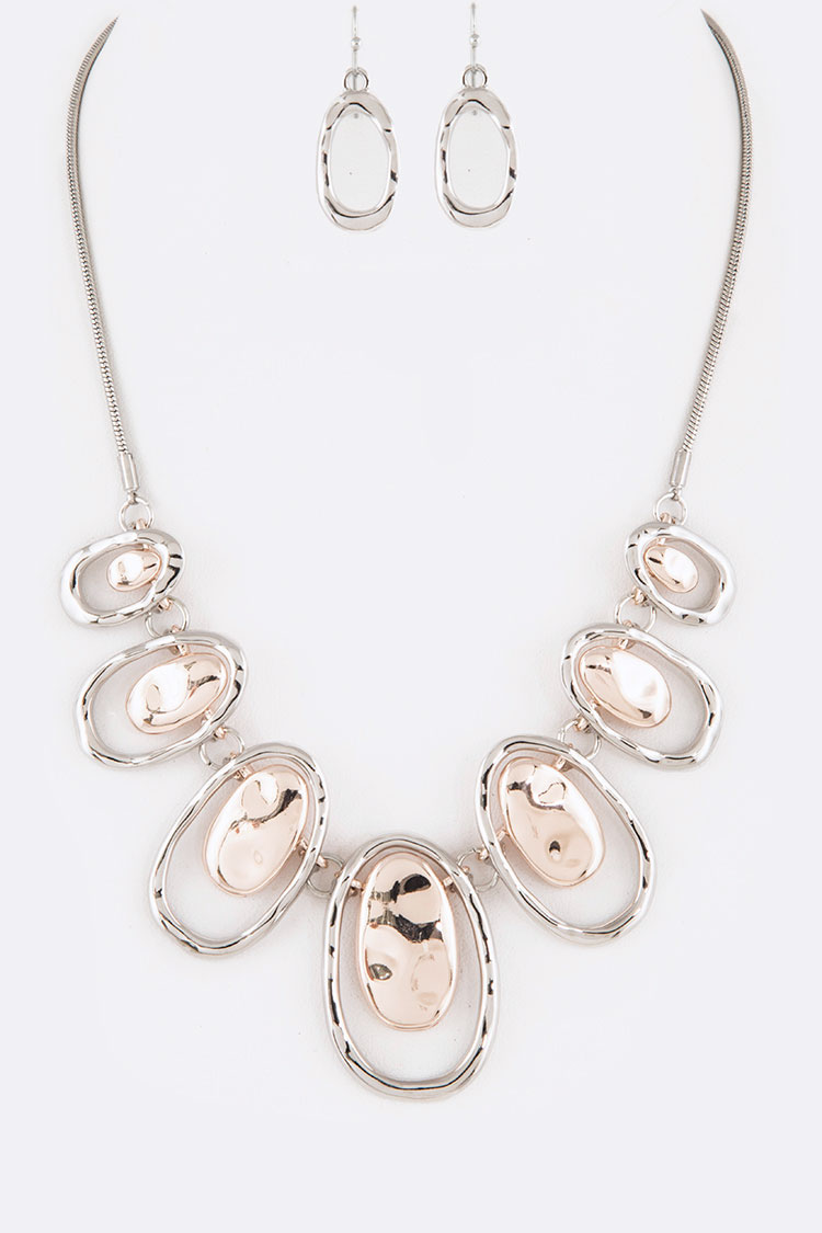 Mix Plate Iconic Necklace Set