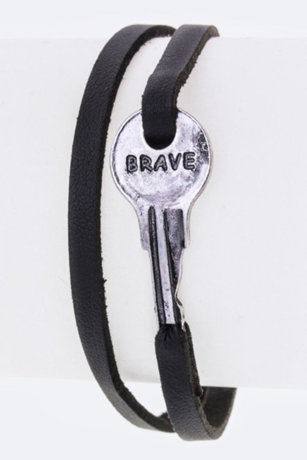 BRAVE Key Slit Leather Bracelet