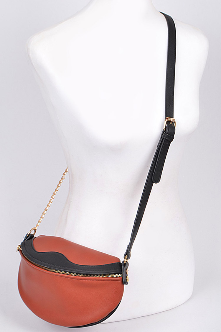 Iconic Crossbody Swing Bag