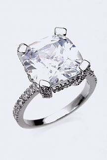 Large Cubic Zirconia Fashion Ring