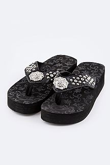 Mix Studs Fashion Concho Flipflops