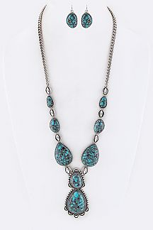 Turquoise Charms Necklace Set