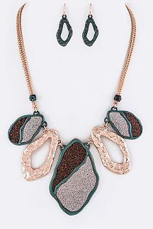 2 Tone Glittered Plates Statement Necklace Set