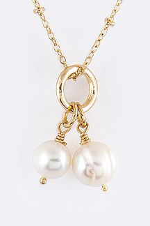 Double Pearls Pendant Necklace