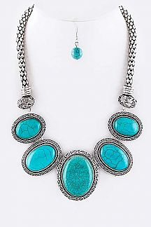 Oval Turquoise Statement Necklace Set