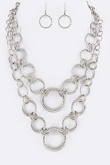 Linked Hoops Layer Necklace Set