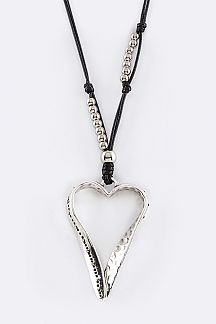 Metal Open Heart Pendant Necklace Set