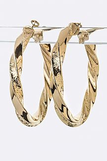 Twisting Metal Hoop Earrings