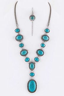 Oval Turquoise Necklace Set
