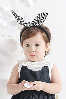 Kid's Sculptable Chevron Bow Headband