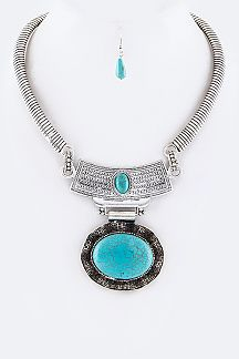 Oval Turquoise Iconic Collar Necklace Set