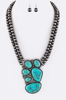 Pave Stones Pendant & Layer Navajo Beads Necklace Set